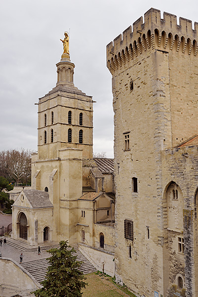 photo france provence paca avignon palais papes visite tourisme