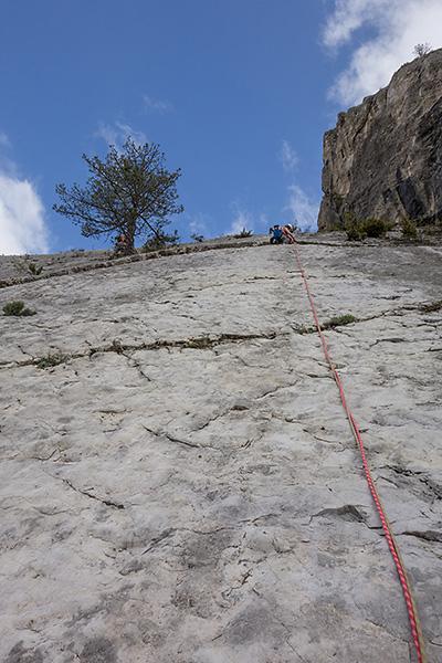 photo montagne alpes escalade grande voie drome die diois pic de luc grande dalle du claps