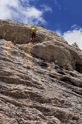 photo montagne alpes escalade baronnies hautes alpes orpierre chateau racines du ciel