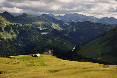 photo montagne alpes randonnée GR5 col mattes