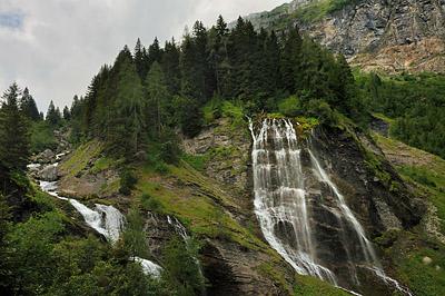 photo montagne alpes randonnée GR5 cascade