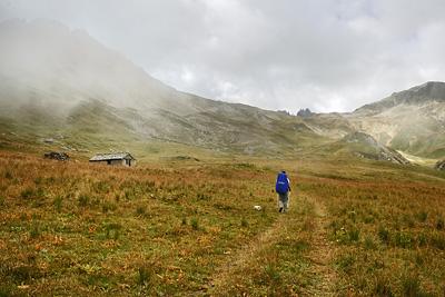 photo montagne alpes randonnée GR5 cerces col vallee etroite