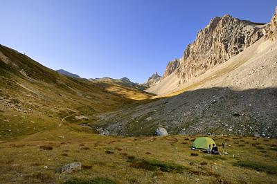 photo montagne alpes randonnée GR5 cerces vallon chapelle saint michel bivouac