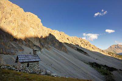 photo montagne alpes randonnée GR5 cerces vallon chapelle saint michel