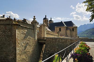 photo montagne alpes randonnée GR5 briancon cite vauban vieille ville remparts