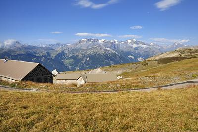 photo montagne alpes randonnée GR5 cerces ecrins col granon caserne militaire