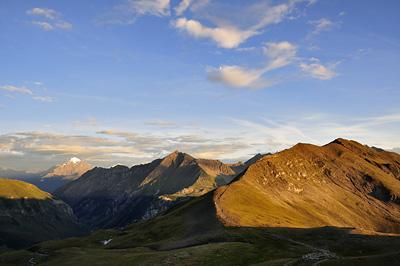 photo montagne alpes randonnée GR5 col croix bonhomme crete gittes coucher soleil mont pourri