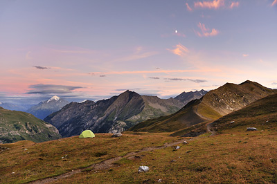 photo montagne alpes randonnée GR5 col croix bonhomme tente bivouac