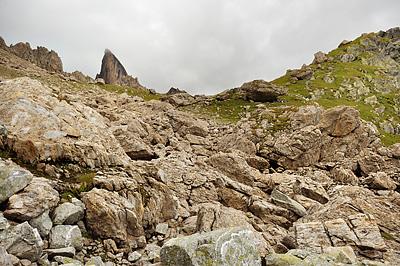 photo montagne alpes randonnée GR5 beaufortain col bresson pierra menta rochers nuages