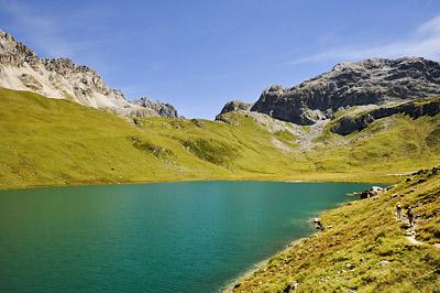 photo montagne alpes randonnée GR5 vanoise lac plagne entre le lac