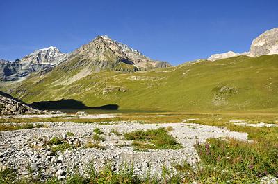 photo montagne alpes randonnée GR5 vanoise lac plagne entre le lac mont pourri dome sache