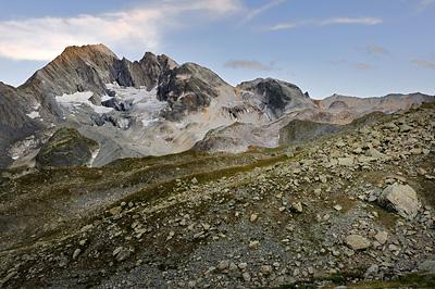 photo montagne alpes randonnée GR5 vanoise refuge peclet polset coucher soleil