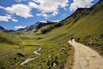 photo montagne alpes randonnée GR5 vanoise peclet polset chemin