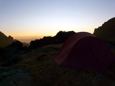 photo montagne alpes randonnée lac du crozet lac longet coucher de soleil belledonne