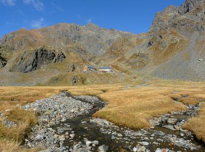 photo montagne alpes randonnée lac du crozet refuge de la pra