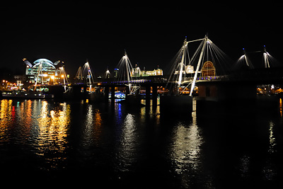 photo Londres Charing Cross Golden Jubilee Bridge