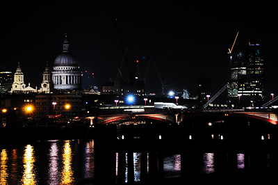 photo Londres St Paul Blackfriars bridge