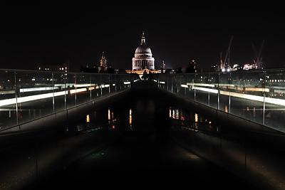 photo Londres St Paul depuis le Millenium Bridge