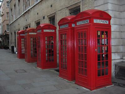 Londres cabines téléphoniques téléphones rouges