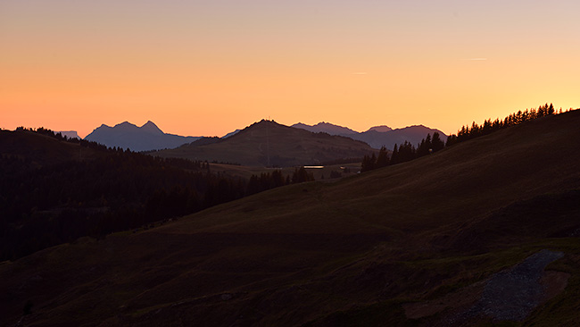 photo montagne alpes randonnée rando savoie beaufortain saisies mont clocher