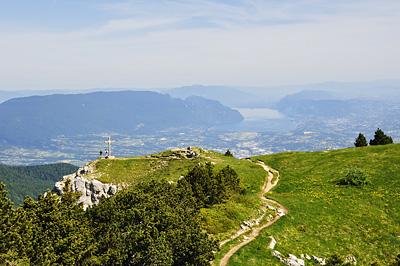 photo montagne alpes randonnée chartreuse mont granier croix