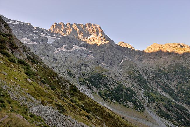 photo montagne alpes randonnee rando ecrins valgaudemar refuge chabourneou pic vallonpierre