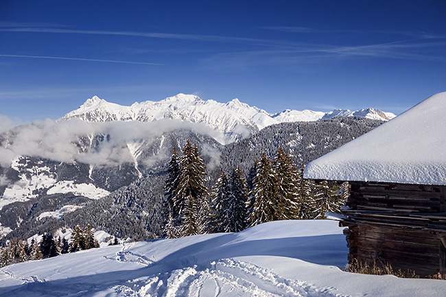 photo montagne alpes randonnée rando raquettes savoie beaufortain areches plan villard