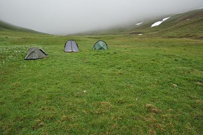 photo montagne alpes ecrins grandes rousses arves randonnée plateau emparis bivouac tente