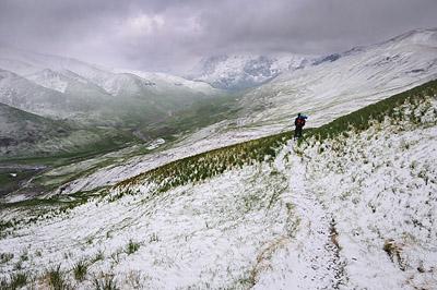 photo montagne alpes ecrins grandes rousses arves randonnée plateau emparis neige vallee