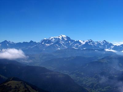 photo montagne alpes randonnée Pointe de Mandallaz massif Mont Blanc sommet