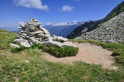 photo montagne alpes belledonne randonnée pointe de rognier col de la perche cairn