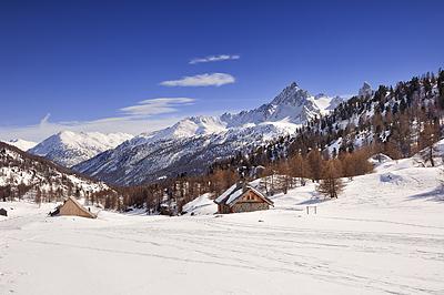 photo montagne alpes cerces thabor randonnée raquettes hiver neige nevache claree vallee laval