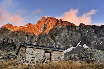 photo montagne alpes ecrins valjouffrey refuge font turbat olan