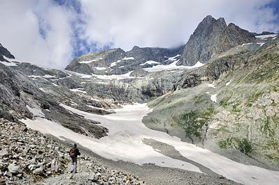 photo montagne alpes randonnée ecrins berarde refuge pilatte glacier says