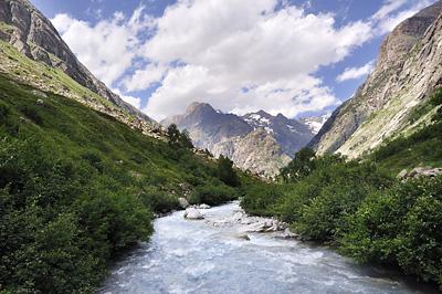 photo montagne alpes randonnée ecrins berarde refuge pilatte