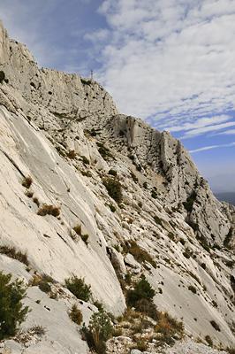 photo montagne randonnée marseille sainte victoire croix de provence