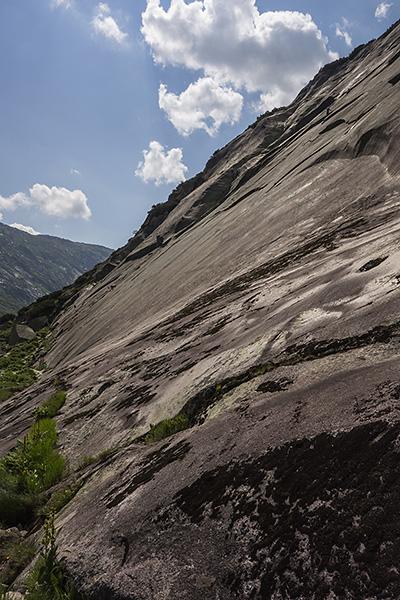 photo montagne alpes escalade grande voie suisse valais grimsel  azalee beach