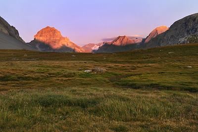 photo montagne alpes randonnée tour des glaciers vanoise TGV coucher soleil