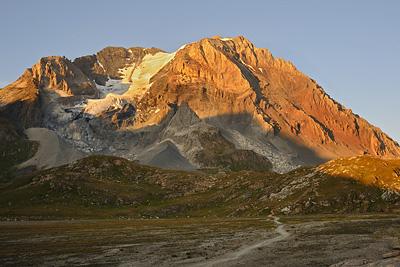 photo montagne alpes randonnée tour des glaciers vanoise TGV coucher soleil grande casse