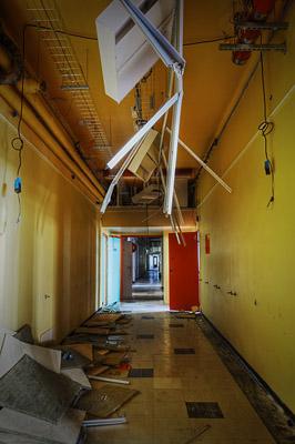 photo urbex sanatorium hôpital hôpitaux couloir