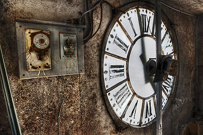 photo urbex sanatorium hôpital hôpitaux horloge
