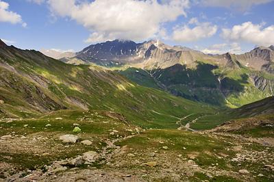 photo montagne alpes beaufortain mont blanc randonnée vallee glaciers enclave bivouac