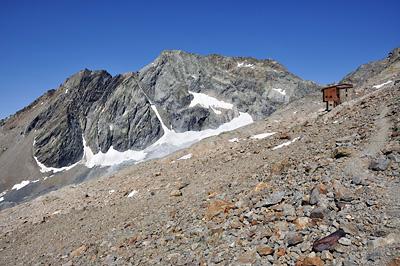 photo montagne alpes beaufortain mont blanc randonnée vallee glaciers refuge robert blanc